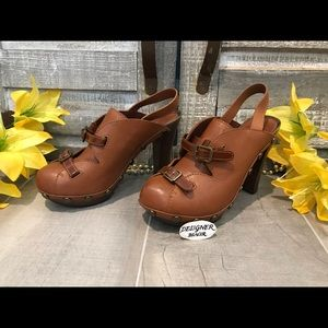 See By Chloe Saddle Brown Clogs SZ 36 (6) VGC!